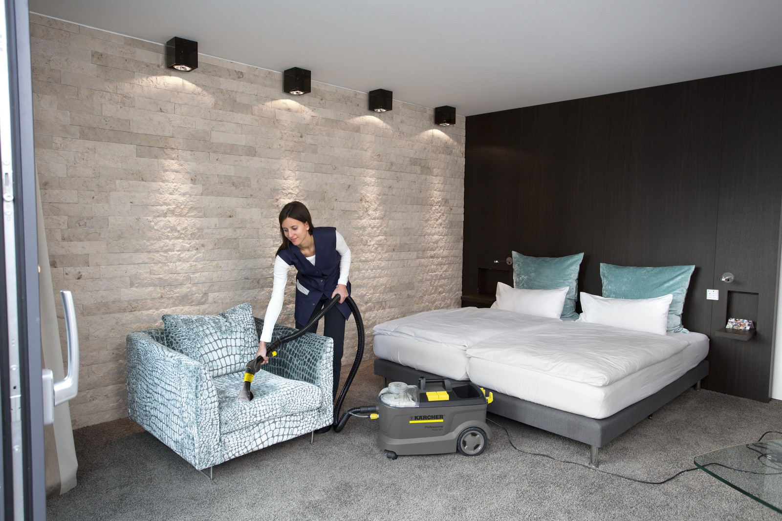 Karcher-carpet-cleaner